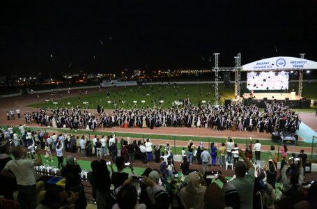 ASÜ BU YIL 2 BİN 350 MEZUN VERDİ
