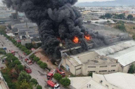 Tekstil fabrikasında yangın paniği! Tahliyeler başladı
